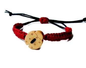 Ladybird Bracelet,Baby bracelet,Red black Ladybug,rustic bracelet,Hemp wish,Nature,Simple Friendship Bracelet, Ecofriendly, children jewelry