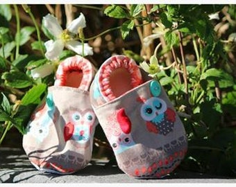 Owl booties. Available in 0-18mo.