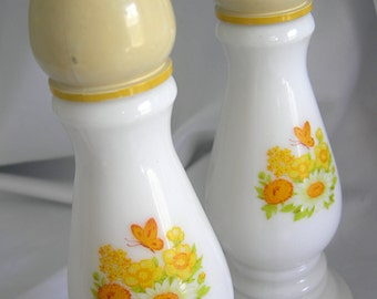 Set of 2 White Milk Glass Candlesticks Candle Holders, Yellow Floral Motif - Signed AVON - Vintage Circa 1974