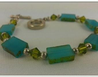 Glass Turquoise With Olivine Bicone Bracelete