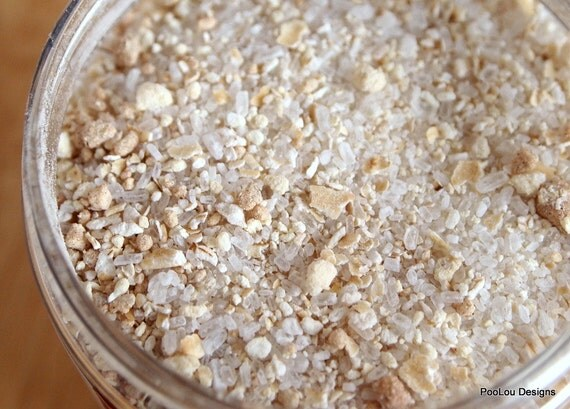 Plumeria Milk and Oatmeal Bath Salt Soak, Dry Skin Relief, 8 Ounce