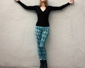 Cross pattern leggings