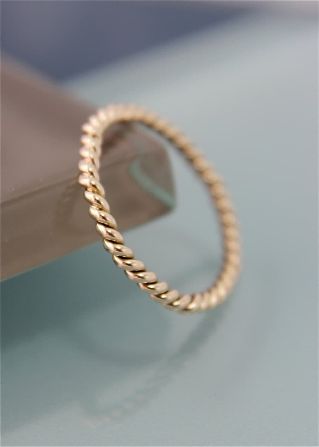 gold twist ring solid 14k yellow gold 2mm twisted rope. Black Bedroom Furniture Sets. Home Design Ideas