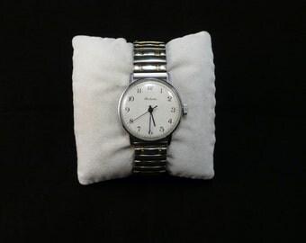 """Ussr (Soviet Union)  """"RAKETA"""" (rocket)  wrist watch 1960  very rare white dial  VERY Very good"""