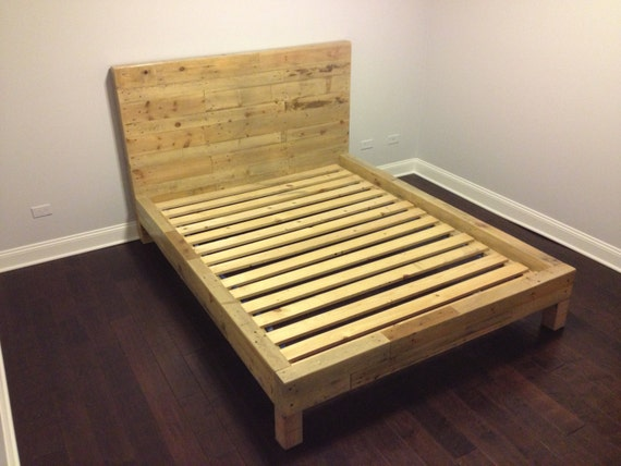 reclaimed shipping pallet bed frame queen by witusik2000