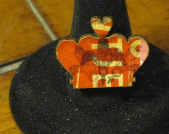 Wooden Crown in Red and White with Fleur-de-Lis Stamp Adjustable Ring