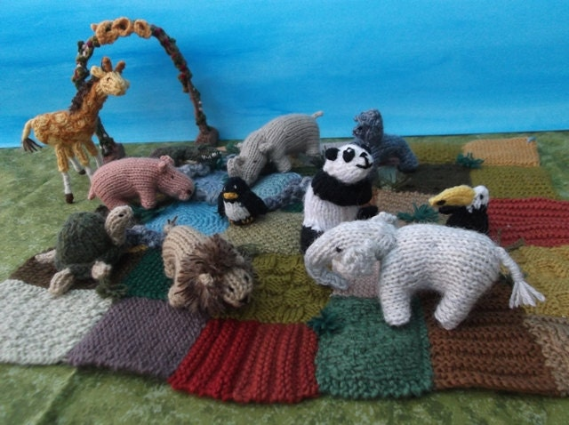 Knitting Patterns Zoo Animals : Knitted Zoo by sachiyoishii on Etsy