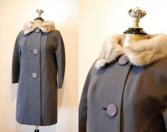 Vintage 1960s Fur Collar Coat / 60s Gray Winter Coat / Vintage Wool Winter Coat