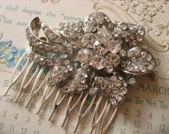 Vintage rose bud Swarovski rhinestones crystals wedding bridal hair comb, flower comb, crystals comb, rhinestones comb, wedding accessory