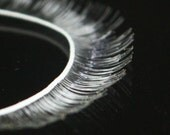 G-059  / Doll's Eyelash / 8 mm X 200 mm / White