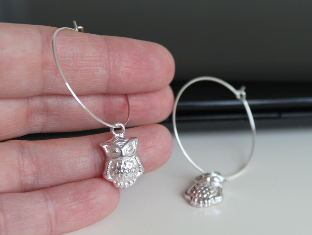small silver dangle owl earrings silver hoop earrings winter. Black Bedroom Furniture Sets. Home Design Ideas