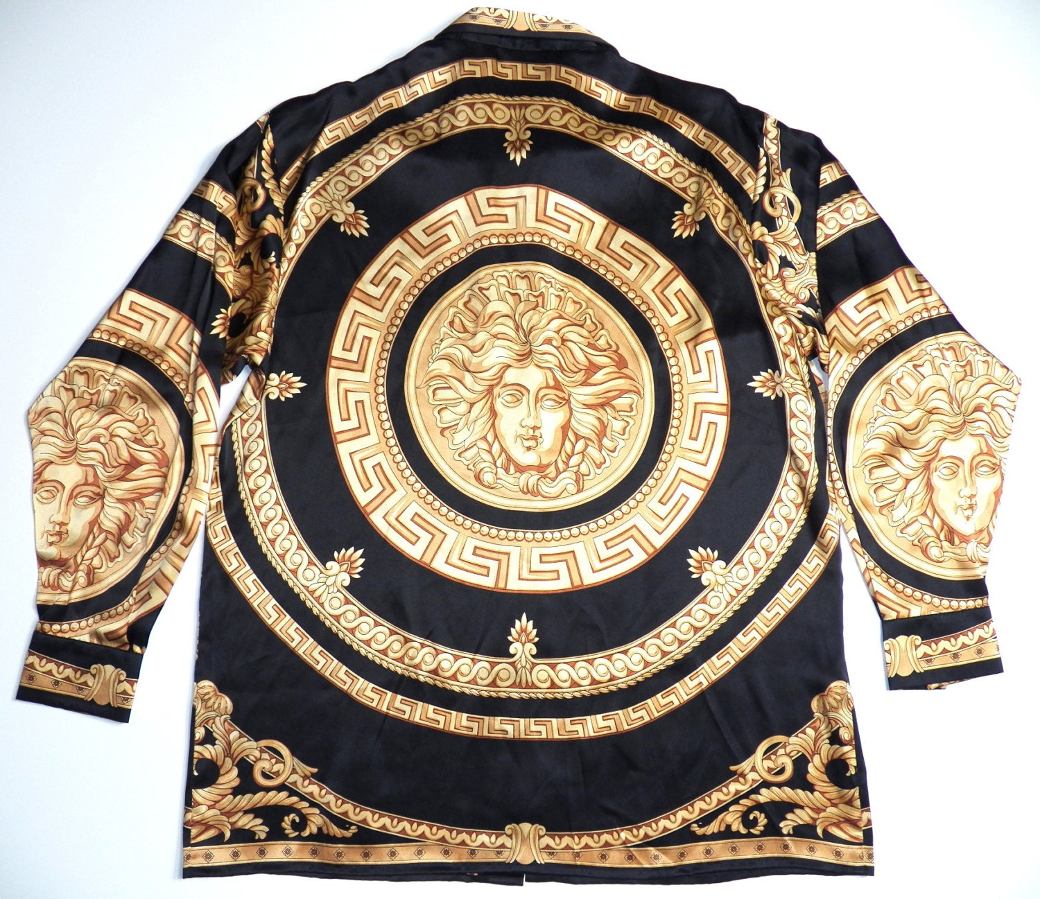 versace italy style mens large medusa head print 100 silk. Black Bedroom Furniture Sets. Home Design Ideas