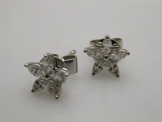 Diamond Star Shaped Earrings, 14k White gold .(RESERVED)
