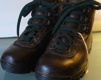 Vintage EMS Made in Italy Hiking Boots Alico