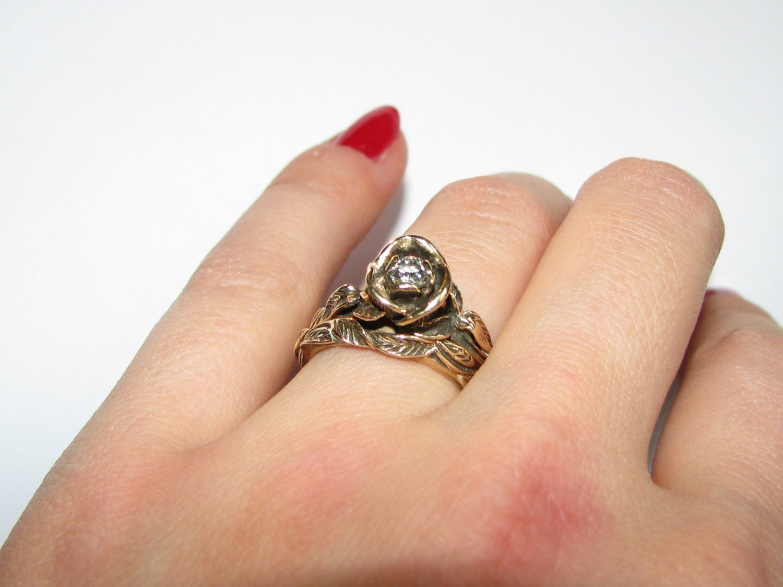Vintage Rose Flower Shape Diamond Engagement Ring Set Size