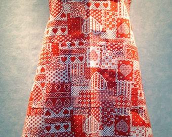 Red and White Hearts Print Bib Apron