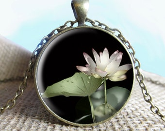 Lilly Pendant/Necklace Jewelry, Flower Necklace Jewelry, Flower Photo Jewelry Glass Pendant Gift