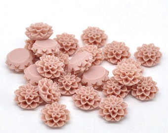 10 Resin Flower Cabochon Chrysanthemums 16 x 8mm - SALMON PEACH - Pack of 10 CAB19