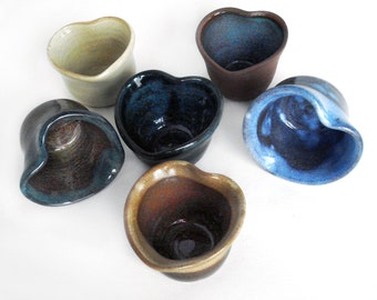 Three small heart shaped pottery bowls, Assorted colors, Hostess gifts, Ring dishes, Party favors