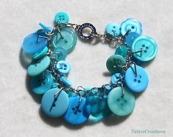 Bright Blue Button bracelet