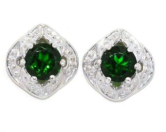 Beautiful Emerald Stud Earrings .925 Sterling Silver Rhodium Finish