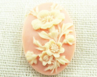 12 pcs of pink rose cameo 30x40mm -0404-cream  on pink