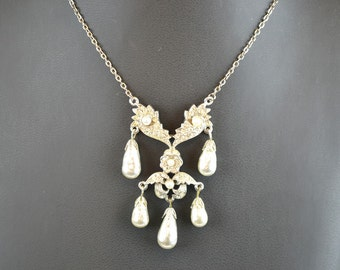 Vintage Necklace Diamante with Five Faux Pearl Drops