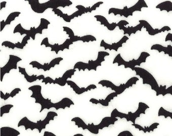 Moda Trick or Treat Bats in Ghostly White