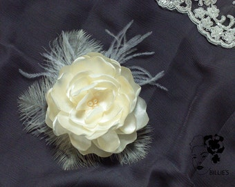 Bridal Fascinator Ivory Wedding Flower big romantic Freshwater pearl