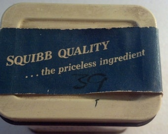 ER Squibb & Sons - Granular Boric Acid 3 oz. Metal Tin - paper label included on lid - product inside