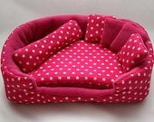 cosy cuddle lounge / bed with waterproof blanket and 5 pillows for guinea pigs (stars on pink/pink)