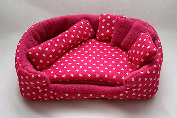 Cosy Cuddle Lounge Bed With Waterproof Blanket And By