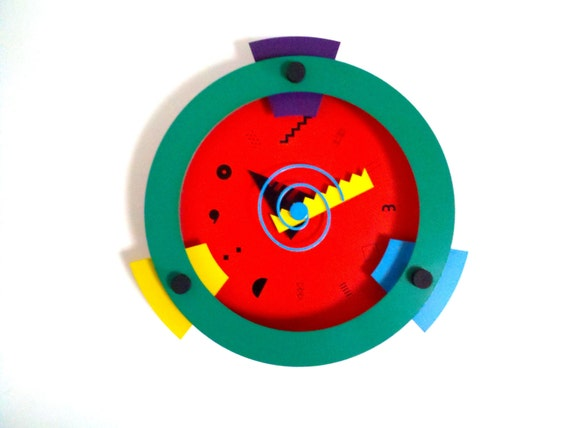 Memphis Design Wakita Wall Clock Red