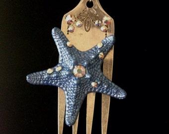 Dinglehopper Necklace