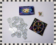 Trivial Pursuit Game 1/12 Scale