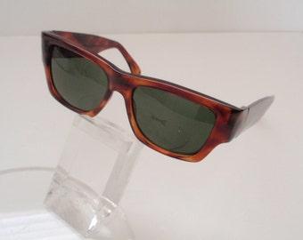 Vintage Incognito Tortoise Sunglass (SALE)