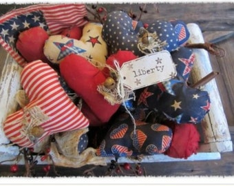 Patriotic heart decor prim Americana set of 6 primitive hearts