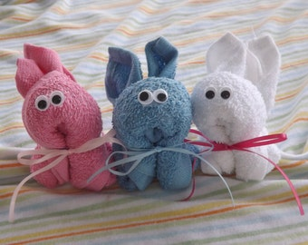 Set of 5 - Washcloth Baby Shower Favors- Bunny Favors- Baby Basket Stuffer- Baby Shower Centerpiece