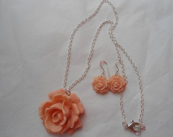 FREE SHIPPING ITEM: Antique rose peach resin .925 sterling silver necklace and earring set, beautiful detail!