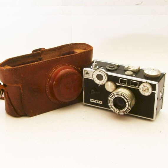 vintage argus c3 35mm rangefinder camera with case by brasslens. Black Bedroom Furniture Sets. Home Design Ideas