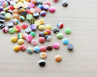 50 pcs of Resin Cabochons - Flat Round - Mixed Color - 8 x 3.5mm