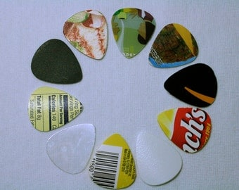 guitar picks made from recycled materials