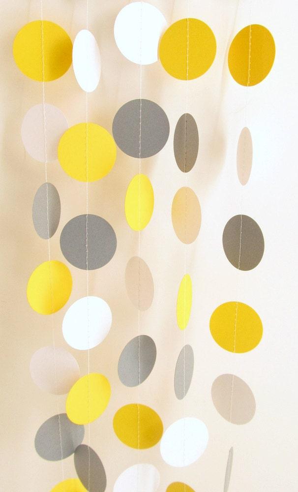 hochzeit girlande gelb grau wei er kreis papier girlande 10. Black Bedroom Furniture Sets. Home Design Ideas