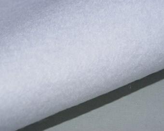 Two white felt sheets (547)