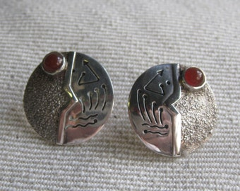Vintage Sterling Silver Balinese Earrings Carnelian Stones