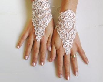 Very pale beige Wedding gloves bridal gloves  fingerless lace  gloves  free ship