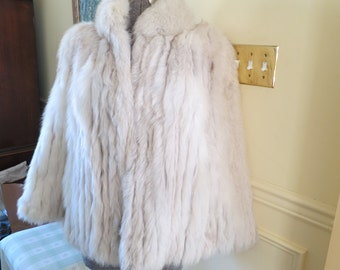 Women's Vintage 90's  Silver Fox Fur Coat