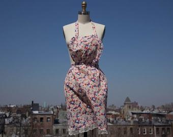 Vintage 1950s Flower printed apron, cotton, full bib, Womens