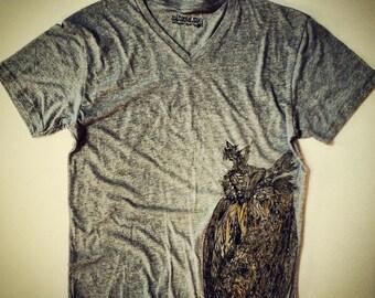 CHRISTMAS SALE Owl Vintage Tee-Men's/unisex Enter code ACORN at checkout for 10% off