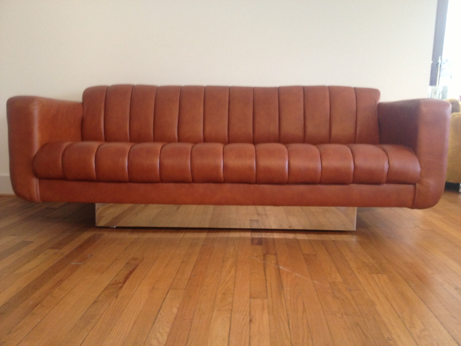Mid century modern leather and chrome sofa by davis furniture for Mid century modern leather sofa